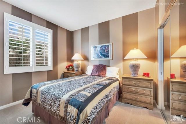 43715 Riunione Place, Indio CA: http://media.crmls.org/medias/2f7ce8e9-8c54-4a7c-ba9e-48b85fcb8323.jpg