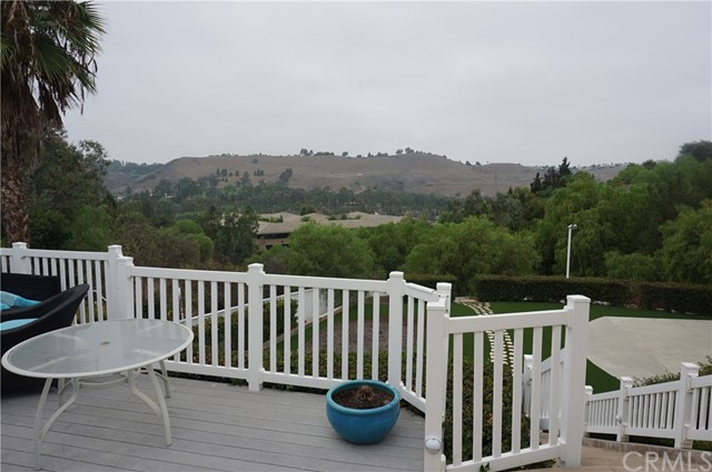 29231 Country Hills Road, San Juan Capistrano CA: http://media.crmls.org/medias/2f884159-f7e7-458d-acf5-42ddcbff8183.jpg