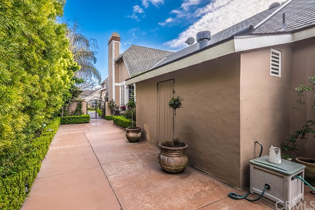 6325 Princeville Circle, Huntington Beach, CA 92648