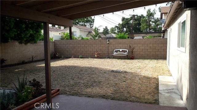 2047 Pandora Way, Pomona CA: http://media.crmls.org/medias/2f91a2ba-2807-4ad4-a8c7-7a48019e6985.jpg