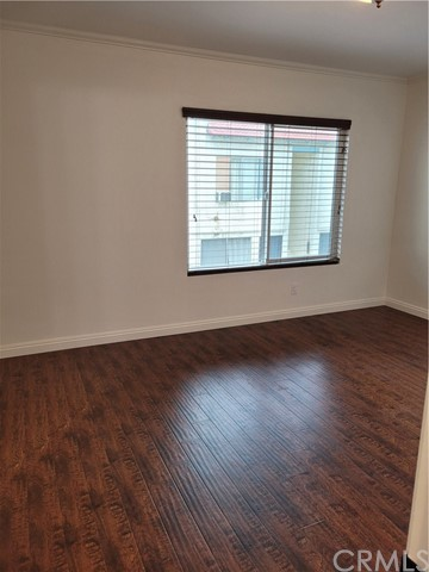 21906 Belshire Avenue, Los Angeles, California 90716, 2 Bedrooms Bedrooms, ,2 BathroomsBathrooms,Condominium,For sale,Belshire,RS20212357