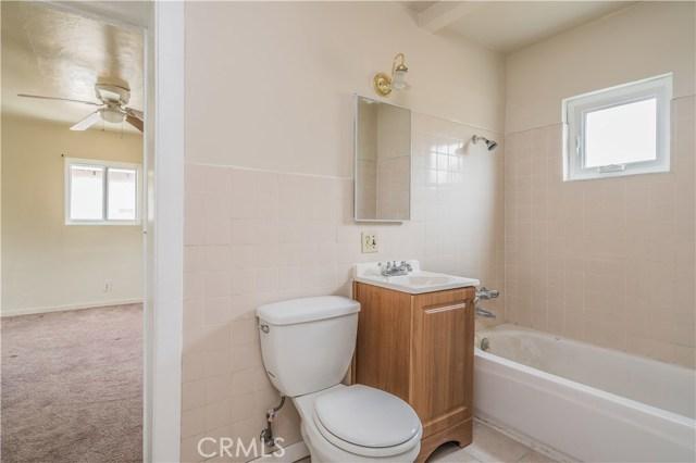 427 E Maple Avenue, Monrovia CA: http://media.crmls.org/medias/2f970d61-8ac7-4366-8191-7ed8232e2c57.jpg