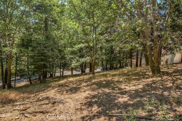 0 Merrimack Drive, Lake Arrowhead CA: http://media.crmls.org/medias/2f975c93-9745-4dd2-a502-e9ec58f3b888.jpg