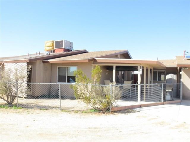 59510 Sunflower Drive, Yucca Valley CA: http://media.crmls.org/medias/2f9aa4ad-7628-4047-8f8c-4afbc197c432.jpg