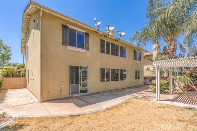 11496 Springwood Court, Riverside CA: http://media.crmls.org/medias/2fa5c777-b88a-4854-9201-9b6e7b1f2899.jpg