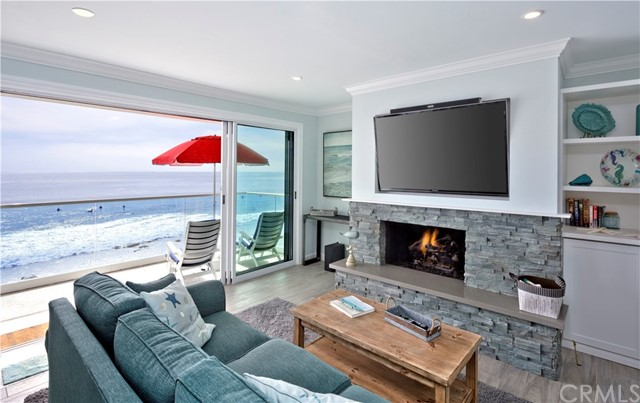 Laguna Beach, CA 6 Bedroom Home For Sale