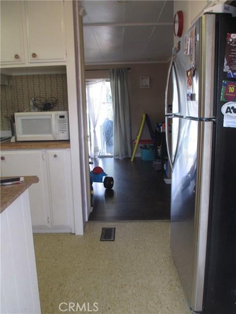 1630 barranca Avenue, Glendora CA: http://media.crmls.org/medias/2fc287c1-7dc6-4e99-ac04-e3118b06be7d.jpg