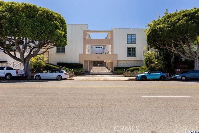 2621 Centinela 18 Santa Monica CA 90405