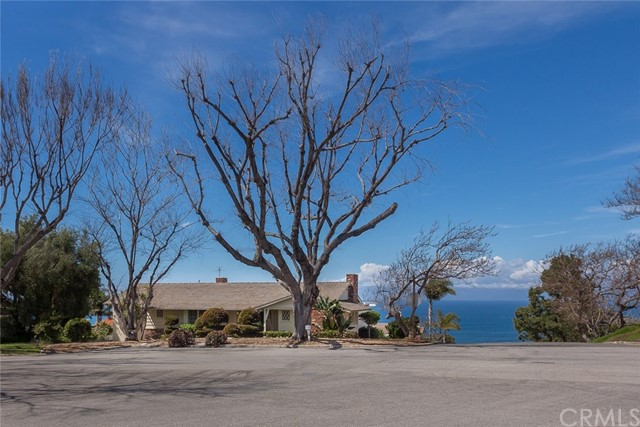 Single Family Home for Rent at 1601 Chelsea Road Palos Verdes Estates, California 90274 United States