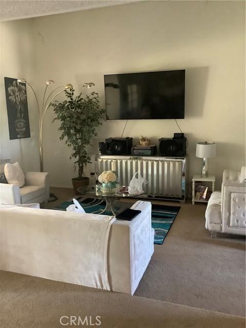 6904 Ranch House Road, Bakersfield CA: http://media.crmls.org/medias/2fe3fabb-d40f-4513-9a98-98817368c399.jpg