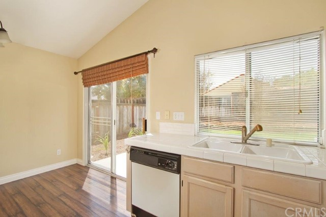 43105 Corte Landeros, Temecula, CA 92592 Photo 12