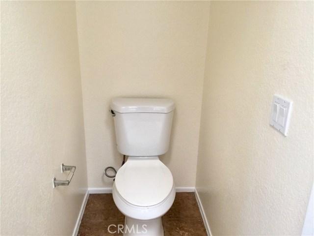 12299 Timlico Court, Moreno Valley CA: http://media.crmls.org/medias/2ff0d6cb-8967-4864-a783-748bf30fe527.jpg