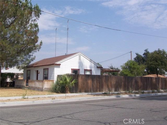 630 Calhoun Place, Hemet CA: http://media.crmls.org/medias/2ff2bb2d-e54c-4f6c-89d0-74401422fea9.jpg