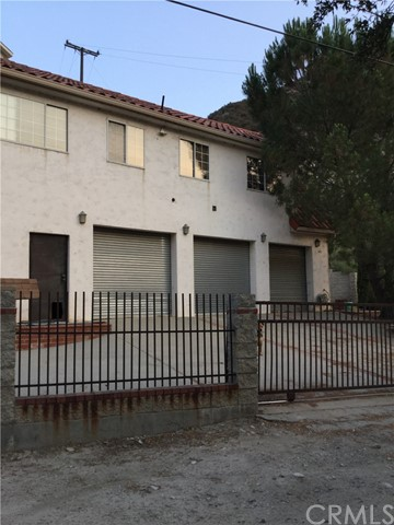 680 Big Rock Road, Lytle Creek CA: http://media.crmls.org/medias/30196797-3566-431b-9b02-b7dc2084b13f.jpg