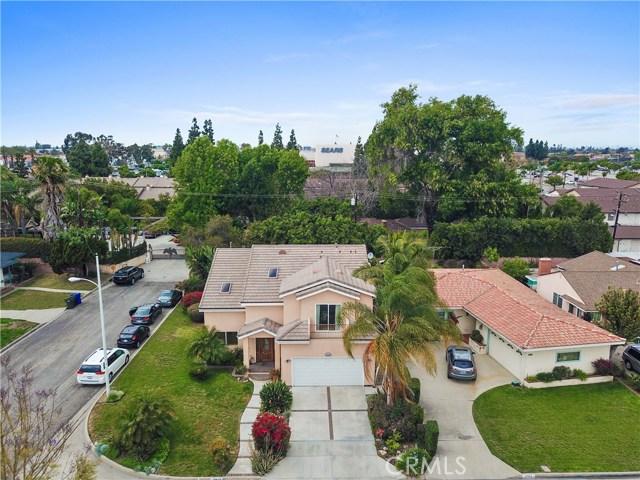 10943 Cord Avenue, Downey CA: http://media.crmls.org/medias/301a786b-c53e-4c3d-895f-04123d602540.jpg