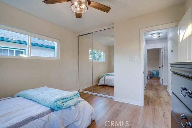10412 Hopland Street, Bellflower CA: http://media.crmls.org/medias/301b116d-7b17-4546-a82b-406bb6bafe9c.jpg