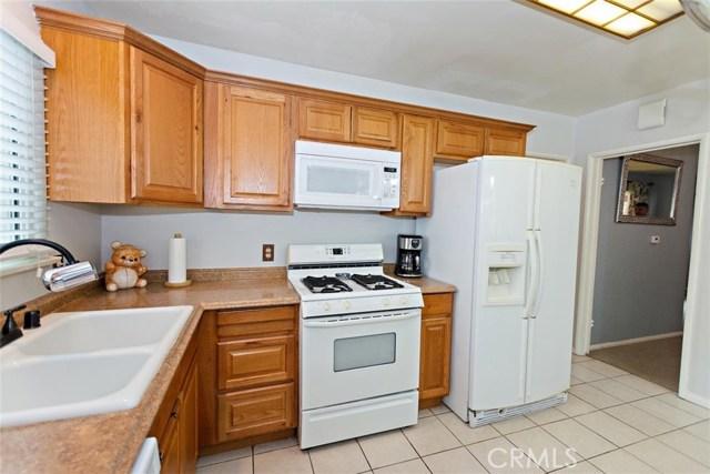 488 E 16th Street, San Bernardino CA: http://media.crmls.org/medias/301d2676-cfe3-4a44-bf4e-2b43b2cdb99d.jpg