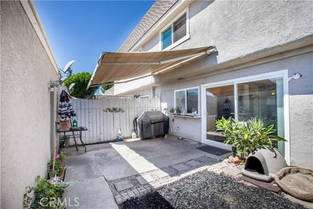 2163 W Essex Cr, Anaheim, CA 92804 Photo 32