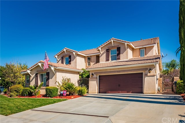 Detail Gallery Image 1 of 47 For 28870 Galaxy Way, Menifee, CA 92586 - 6 Beds | 4 Baths