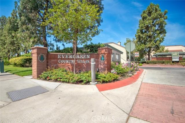 3525 W Stonepine Lane, Anaheim CA: http://media.crmls.org/medias/3027d28c-a210-4cd6-ac0f-c582628bf925.jpg