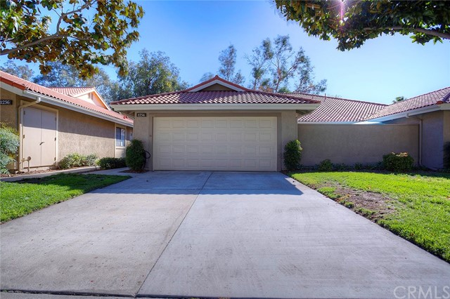 1254 Upland Hills Drive South Upland Ca 91786 Dilbeck Real Estate