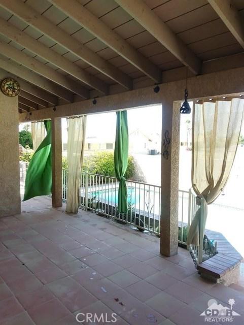 9351 Brookline Avenue, Desert Hot Springs CA: http://media.crmls.org/medias/302a1394-810a-4fd1-914d-e56ffaec9bf5.jpg