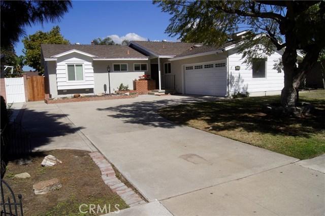 2813 W Devoy Dr, Anaheim, CA 92804 Photo 1