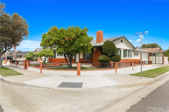 2771 W Stanley Pl, Anaheim, CA 92801 Photo 4
