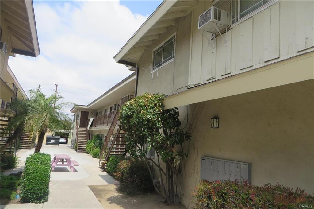 8425 Birchbark Avenue, Pico Rivera CA: http://media.crmls.org/medias/30427e29-8c46-4154-86c4-94f5ea34f05a.jpg