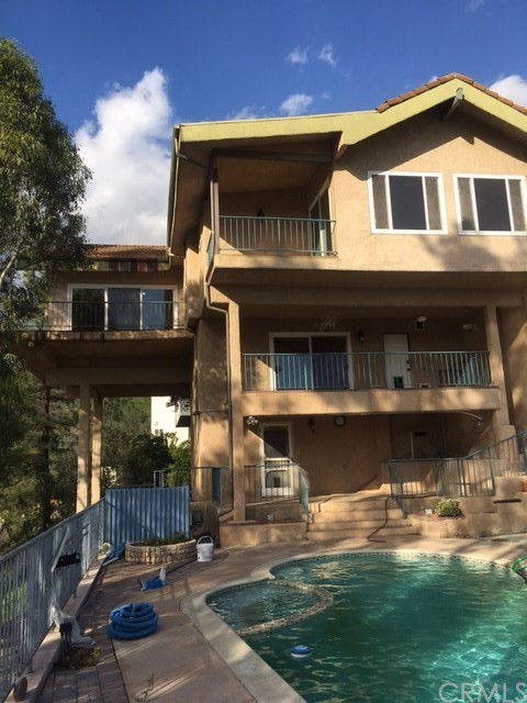 Single Family Home for Sale at 1755 Rohr Street Glendale, California 91202 United States