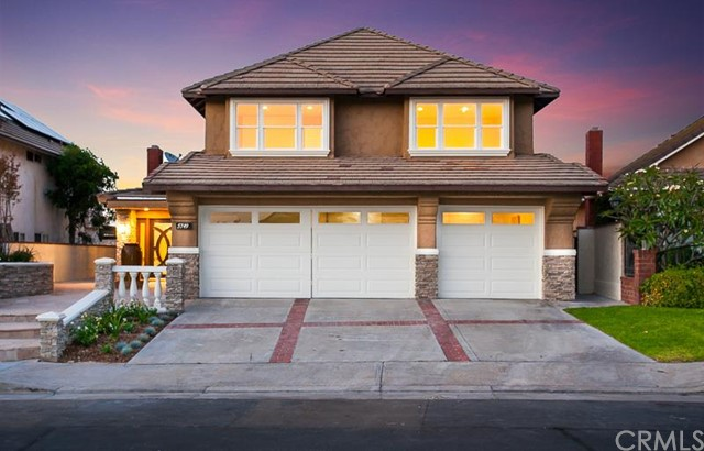 Single Family Home for Sale at 5749 East West View St 5749 West View Orange, California 92869 United States