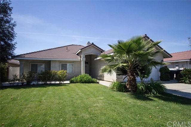 Single Family Home for Sale at 1055 Brandy Way N Porterville, California 93257 United States