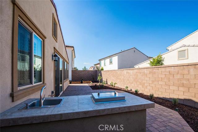 206 Desert Bloom, Irvine CA: http://media.crmls.org/medias/306ad8b0-f623-4d92-a1f5-77816773df92.jpg