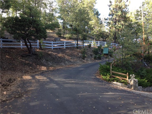 Land for Sale, ListingId:35767250, location: 0 Shelter Cove Drive Lake Arrowhead 92352