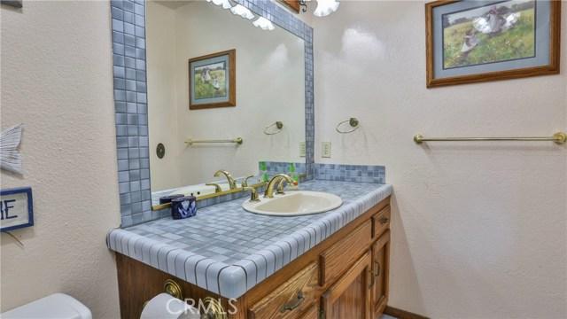 1322 Lanfair Street, Redlands CA: http://media.crmls.org/medias/308b77d6-dd0d-4e6b-a79f-cf9560f54592.jpg