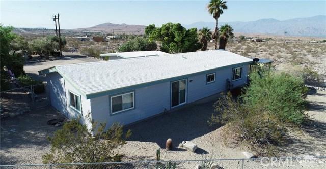26201 Hopper Road, Desert Hot Springs CA: http://media.crmls.org/medias/30953a49-e0ba-450a-9739-4dd3164bc424.jpg