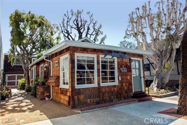 419 Ocean Avenue Laguna Beach, CA 92651 is listed for sale as MLS Listing LG16063060