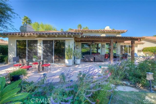 54015 Southern Hills, La Quinta CA: http://media.crmls.org/medias/30b2a56a-3f5d-416d-bd3a-949a2e27d34e.jpg