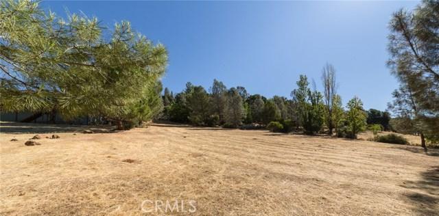 16569 Hacienda Court, Hidden Valley Lake CA: http://media.crmls.org/medias/30b66430-0976-4a1b-a4e1-2bed00f85bed.jpg