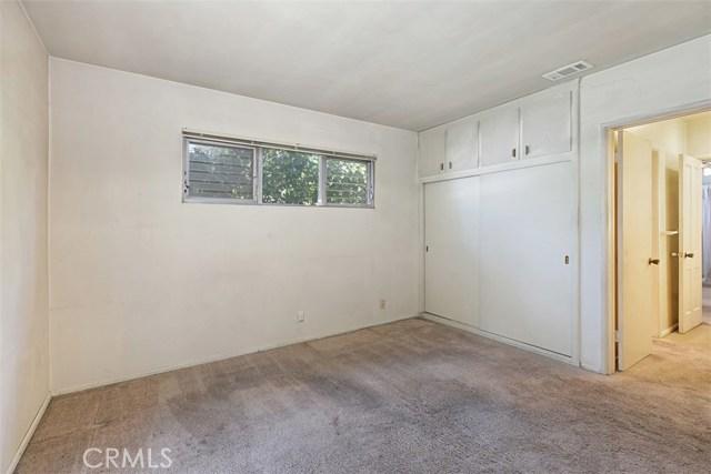 1424 E Armando Drive, Long Beach CA: http://media.crmls.org/medias/30cc0f22-92b8-40c6-81ec-95d964c9ac87.jpg