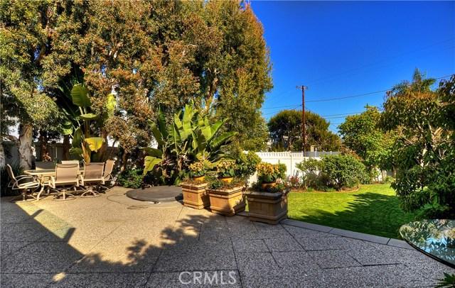 211 W Avenida Valencia, San Clemente CA: http://media.crmls.org/medias/30d0b2c6-6a47-4bb2-9290-96647d3c65f1.jpg
