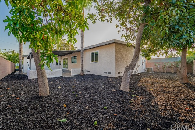 11220 Sibert Street, Santa Fe Springs CA: http://media.crmls.org/medias/30eb967d-3108-4cc3-acd6-e98dd27b5ee4.jpg