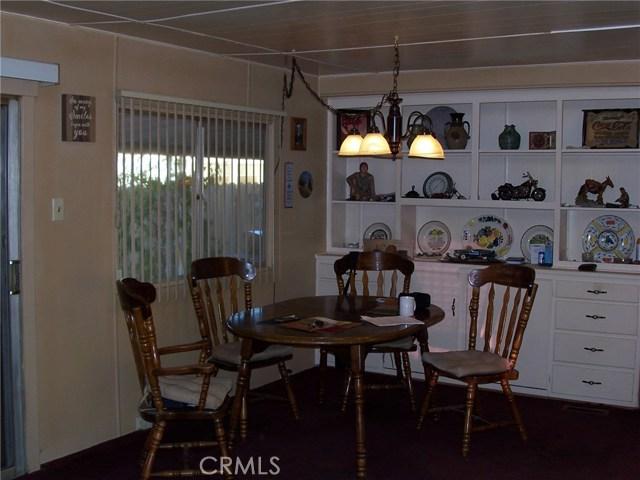 441 SANTA CLARA CIRCLE, HEMET, CA 92543  Photo 6