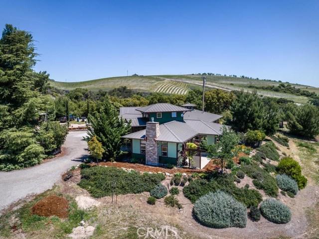 1320 Kiler Canyon Road, Paso Robles CA: http://media.crmls.org/medias/30eec373-cc0d-42c8-b024-05151c119d26.jpg