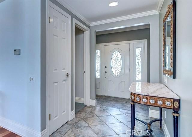 164 Villa Rita Drive, La Habra Heights CA: http://media.crmls.org/medias/30ef9a91-41df-497b-bf74-f07e325ac939.jpg