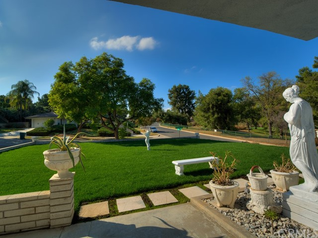 5500 Inner Circle Drive Riverside, CA 92506 - MLS #: PW17256852