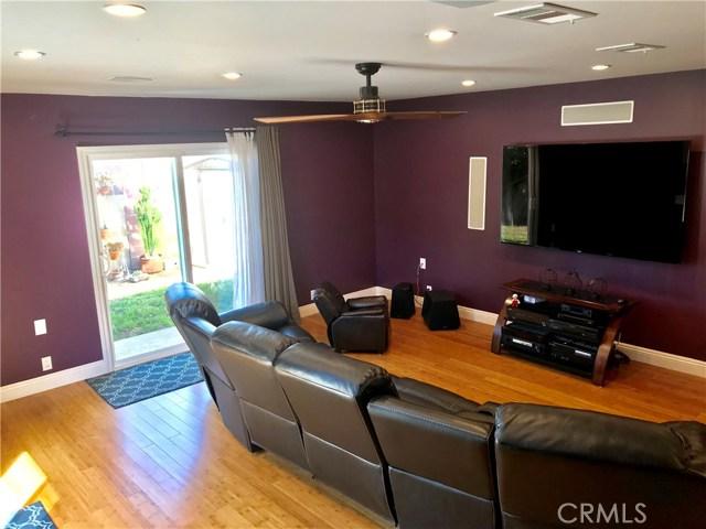 1545 E Riverview Avenue Orange, CA 92865 - MLS #: PW18264088