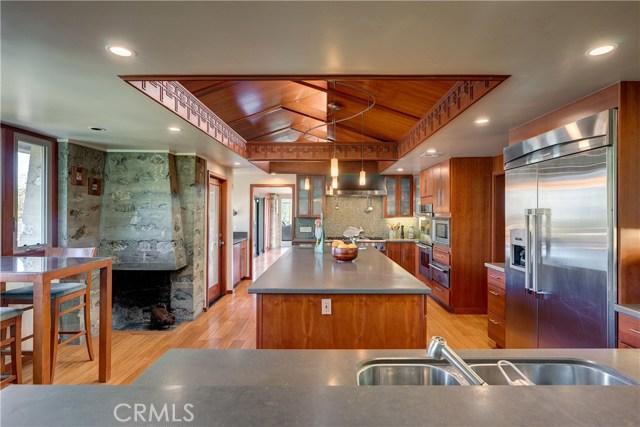 5000 Live Oak Canyon Road, La Verne CA: http://media.crmls.org/medias/310c4f15-ad70-46f7-8929-56f3176730b1.jpg