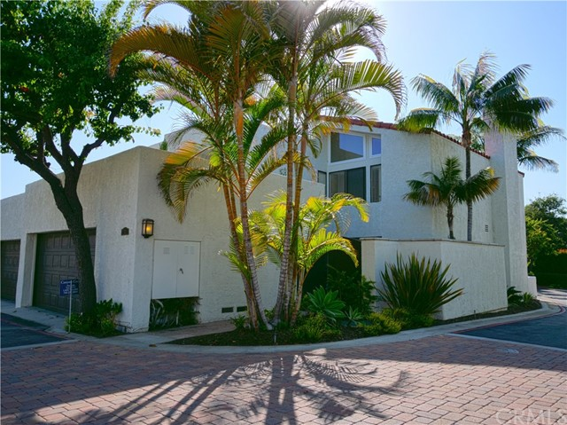 Photo of 21 Canyon Crest Drive, Corona del Mar, CA 92625