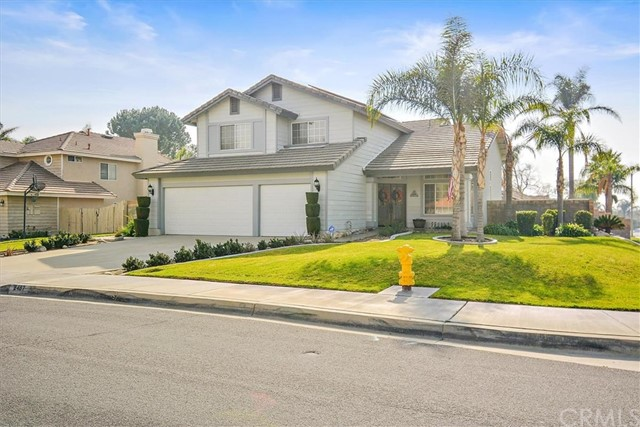 2487 W Summerset Drive, Rialto, California